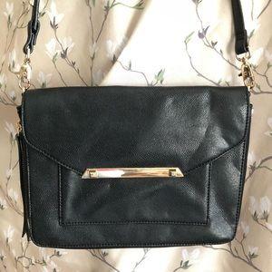 Stella & Dot Tia Midnight Black Crossbody Bag